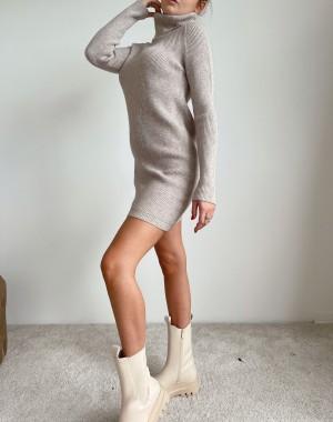 Obleka Yura